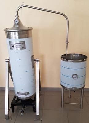 Foto de Destiladores de acero inoxidable