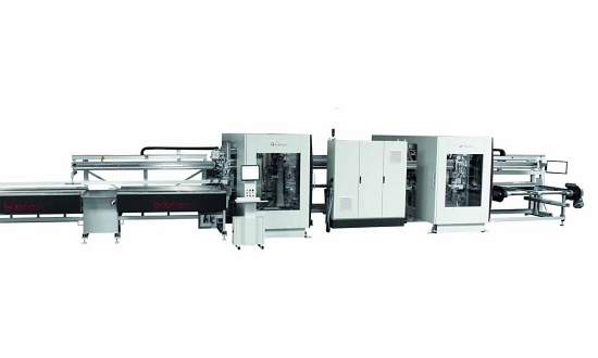 Foto de Centro modular de mecanizado y corte de perfiles PVC
