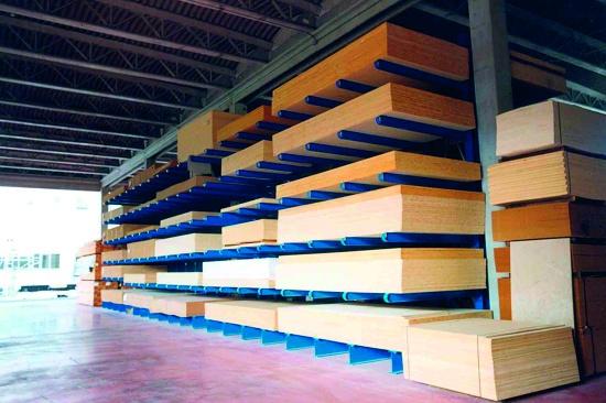 Foto de Estanterías industriales cantilever para tablero y madera