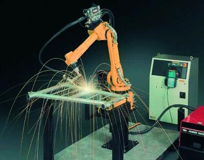 Foto de Robots para soldadura por arco