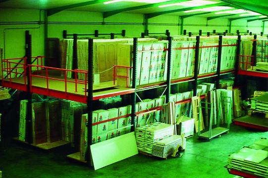Foto de Entreplanta para almacén
