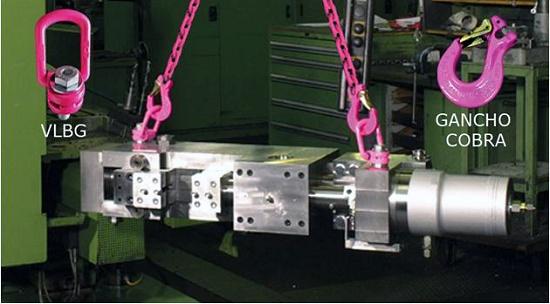 Foto de Elevación vertical con eslinga de cadena