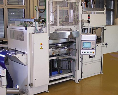 Foto de Moldeadora de planchas y máquina de moldeo por aire comprimido