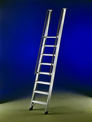 Foto de Escalera de un tramo de apoyo