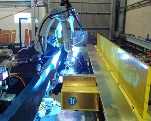 Foto de Robot de soldadura especial para aluminio