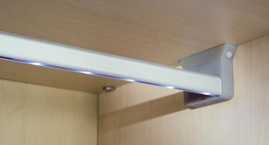Sistema de iluminaci n de armarios rainbow construcci n - Iluminacion interior armarios ...
