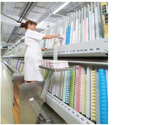 Foto de Estanterías de almacenamiento