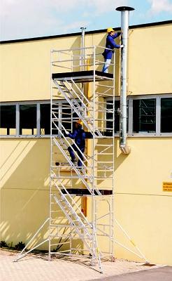 Foto de Escalera, plataforma intermedia y acceso confortable