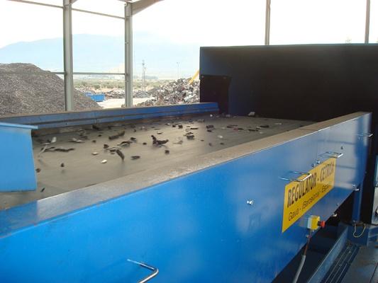 Foto de Separador de metales por detección inductiva y soplado