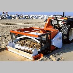 Foto de Limpiadoras de playas