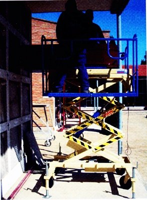 Foto de Plataforma elevadora portaféretros