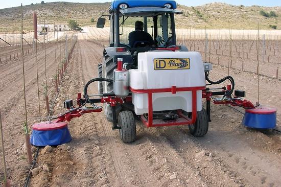 Foto de Aplicador de herbicida intercepas o interárboles