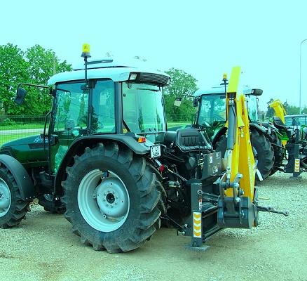 Foto de Retroexcavadoras para tractores agrícolas