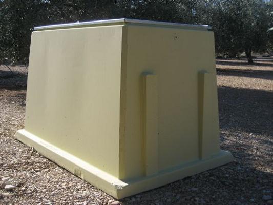 Foto de Arqueta prefabricada de hormigón para riego