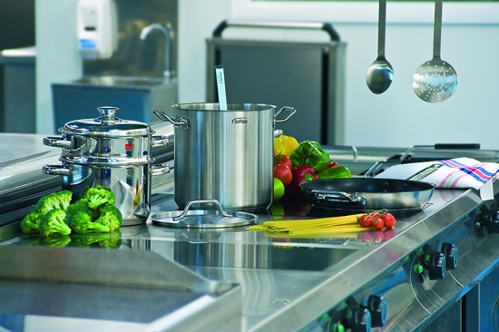 Foto de Baterías de cocina, cazos, freidoras y sartenes