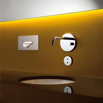 Foto de Batería mural de rayos infrarrojos para lavabo