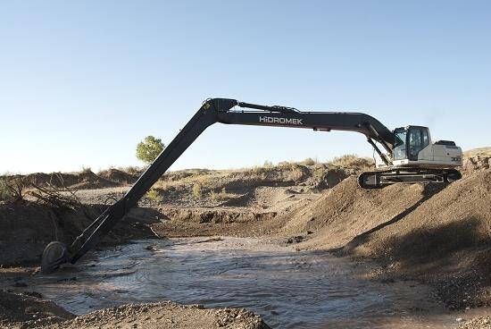 Foto de Excavadoras de cadenas de 30 t y largo alcance