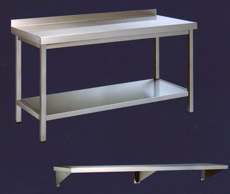 Foto de Mesas, estantes y platones