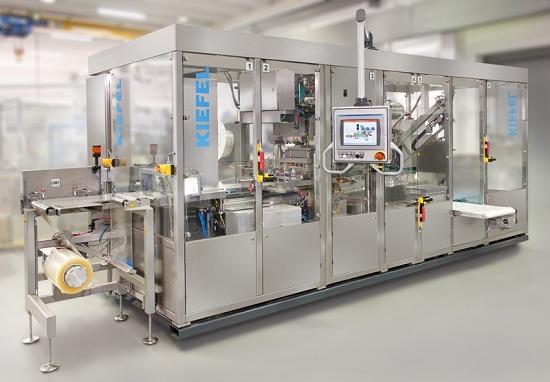 Foto de Maquinaria para la producción de bolsas para sonda intravenosa