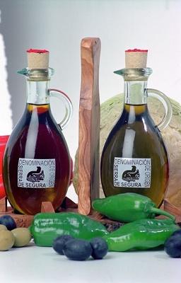 Foto de Aceites de oliva con Denominación de Origen Sierra de Segura