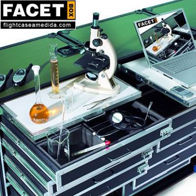 Foto de 'Flight cases' para laboratorios