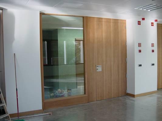Foto de Puertas con cristal cortafuegos