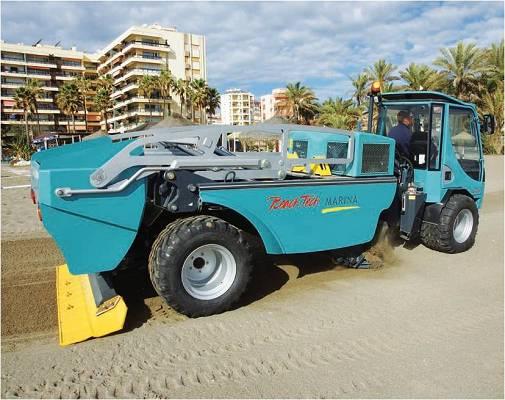 Foto de Vehículos para limpieza de playas