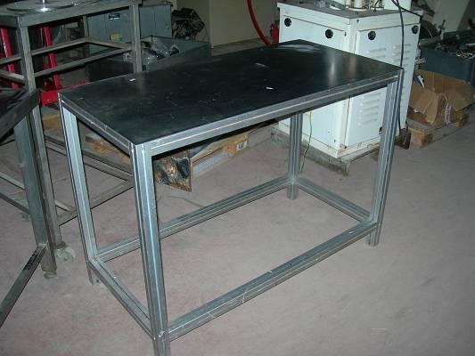 Foto de Mesas de aluminio