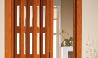 Puertas plegables laviuda materiales para la for Puertas plegables de madera