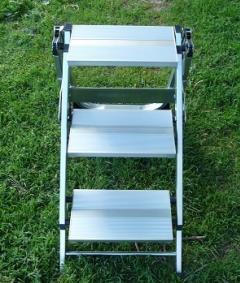 Escaleras de 3 4 y 5 pelda os santos juanes komod simo for Escaleras domesticas plegables