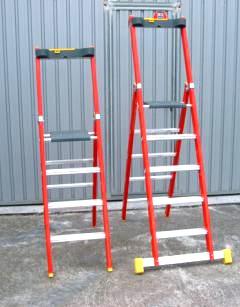 Escaleras profesionales santos juanes etna 1 maquinaria for Escaleras profesionales