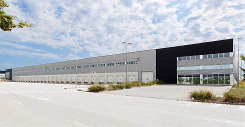 Fotografía de Nave industrial en alquiler  [2281]