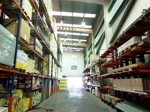 Fotografía de Nave industrial en alquiler  [2439]