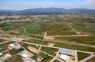 Fotografía de Solar industrial en venta y alquiler en Figueres