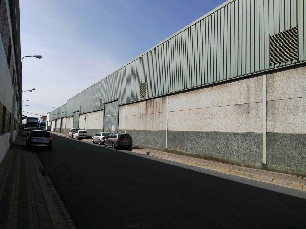 Fotografía de nave en Carretera de malaga proxima Sevilla junto se40