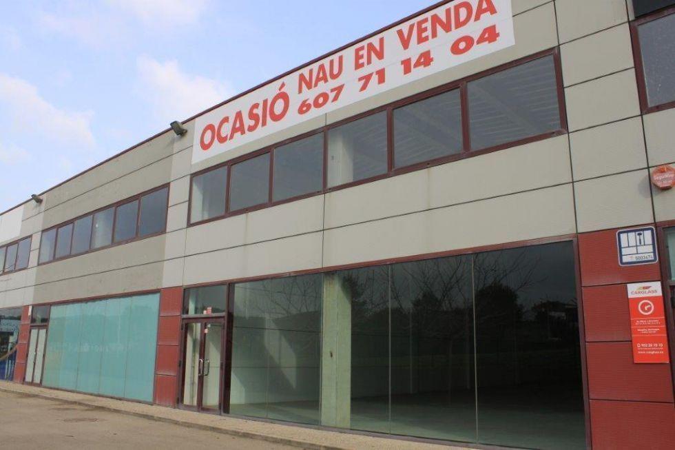Fotografía de Nave Industrial en Venta en Palafrugell
