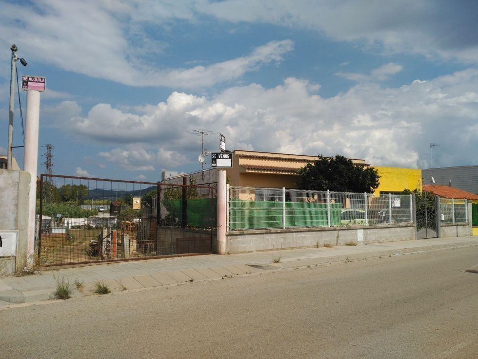 Fotografía de Venta Solar Comercial 1º Linea d'Accés de Blanes