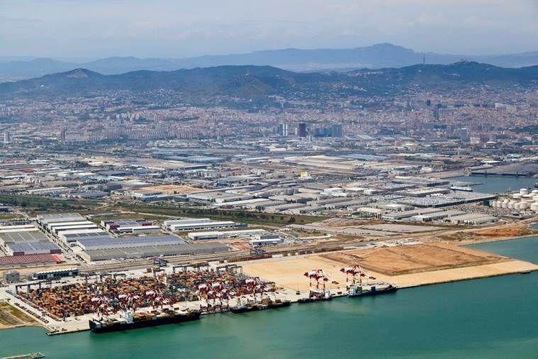 Fotografía de Nave en alquiler en Barcelona