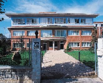 Institut Universitari de Ciència i Tecnologia., S.A. (IUCT)