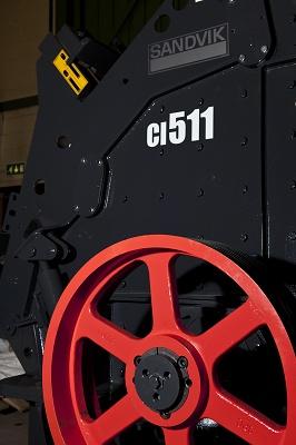 Horizontal impact crushers Sandvik CI511 y CI512 - Storage