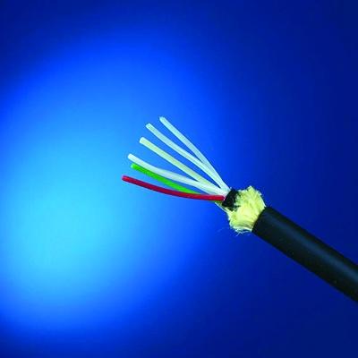 "Foto de ""Cables de fibra óptica más estables"""