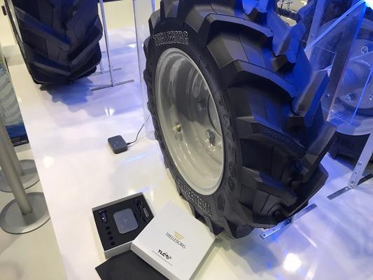 Foto de Sistema de control que mide los huecos de presión entre los neumáticos