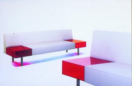 """Foto de """"Acrílico para una colección de muebles de diseño"""""""